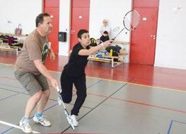 Eric (samedi) et Crystel (jeudi) pendant un tournoi amical de badminton organisé par les fous du volant